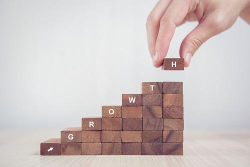 4 cosas que debes considerar para fortalecer tu empresa y atraer más clientes