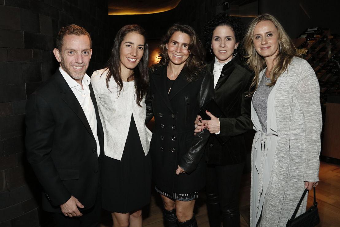 Rafael Sama, Begoña Lopez, Larissa Garrido, Mariana Arsuaga, Maritere Zebada