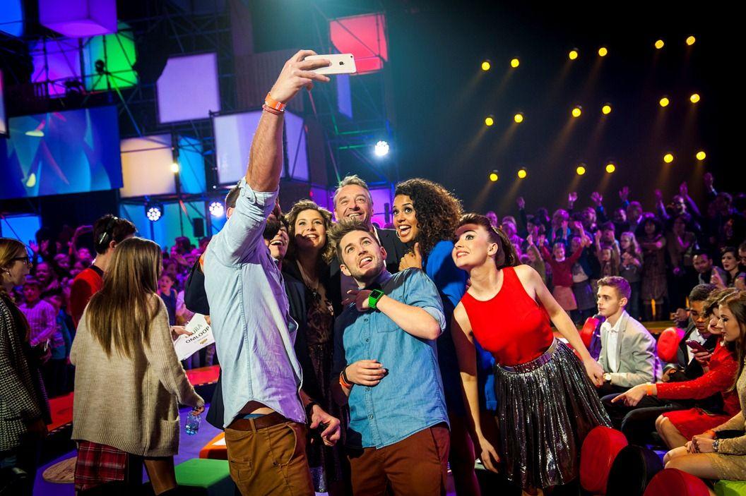 Gala van de Gouden K's 2014 - Selfie van Ketnet-helden - (c) VRT-Frederik Beyens