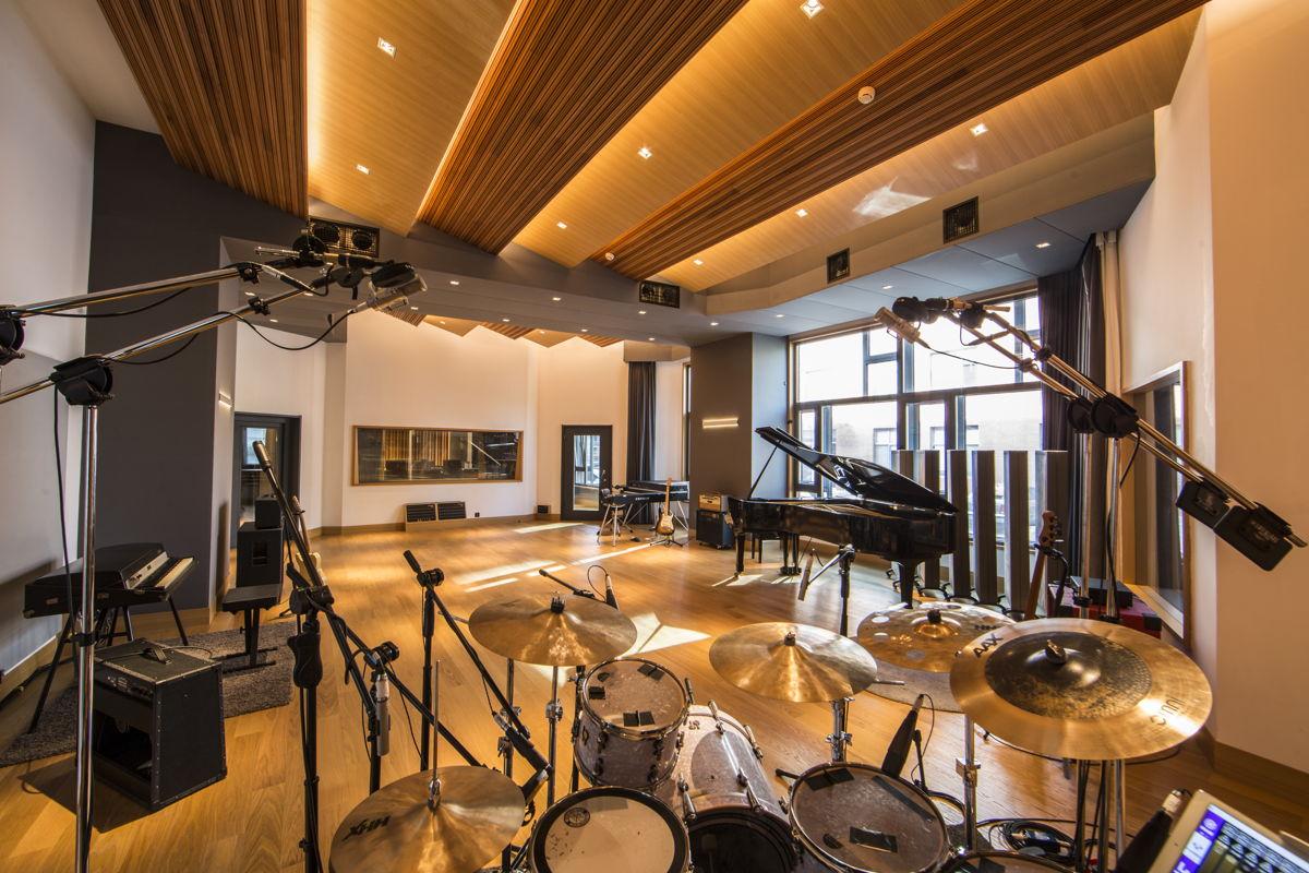 Studio 21A Live Room