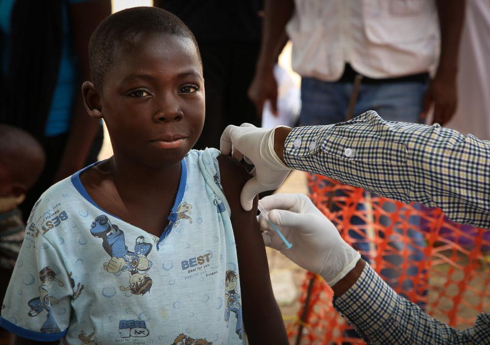 A child is vaccinated against meningitis in Damaturu, Nigeria. Photographer: Igor Barbero/MSF