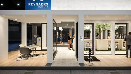 Reynaers Aluminium pakt uit met nieuwe stand op Batibouw 2020