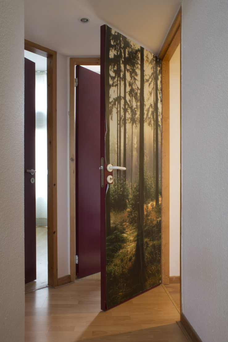Last days! Hans Demeulenaere & Emi Kodama You make a better door than you do a window - expo
