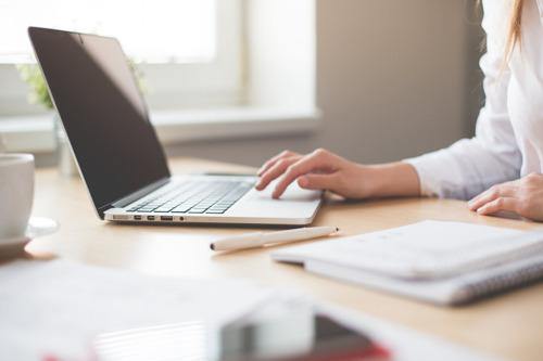 Meer dan 1 op 5 werknemers in ziekteverlof zegt toch te kunnen werken