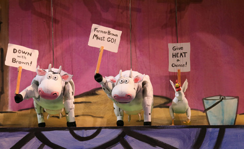 Center for Puppetry Arts stages barnyard chaos and hilarity this summer