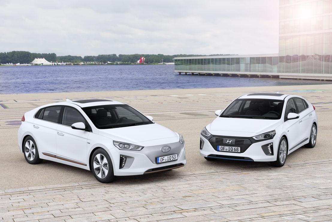 Hyundai IONIQ<br/>l: Electric | r: Hybrid