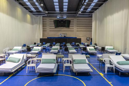 COVID-19: MSF instala dos unidades de hospitalización temporales en Madrid con más de 200 camas