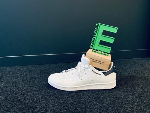 Saint-Nicolas a déposé l'award Campaign of the Year dans les belles chaussures d'HUNGRY MINDS