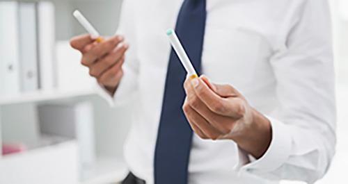 Un fumeur sur deux est mal informé sur l'e-cigarette