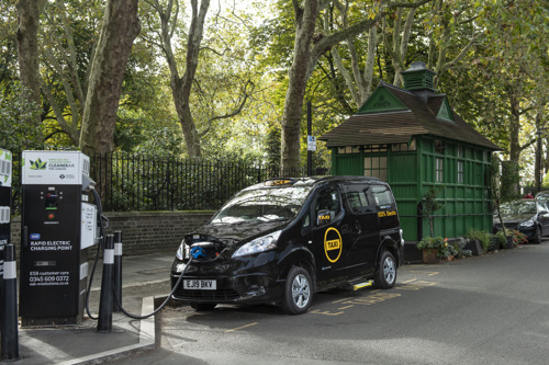 Dynamo Motor Company powers the future with world's first fully electric Black Cab and confirms commitment to UK manufacturing and growth with latest fundraiser
