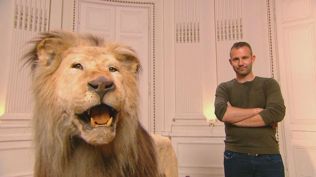 Wim met opgezette leeuw