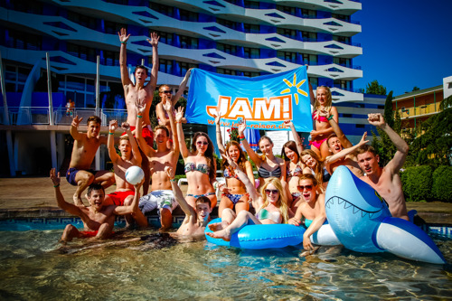 Sundio acquires JAM! Reisen, one of the biggest German-based youngster touroperators.