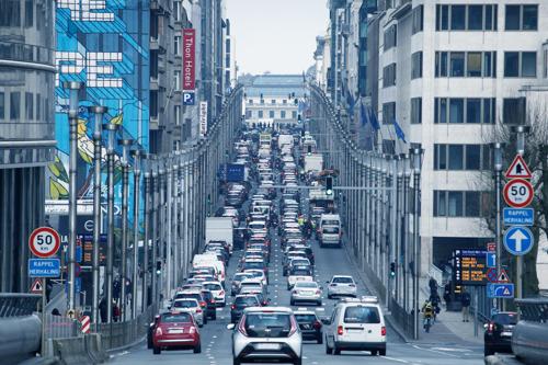 La Belgique distribue 2,7 milliards d'euros d'avantages fiscaux par an aux énergies fossiles selon une étude du WWF