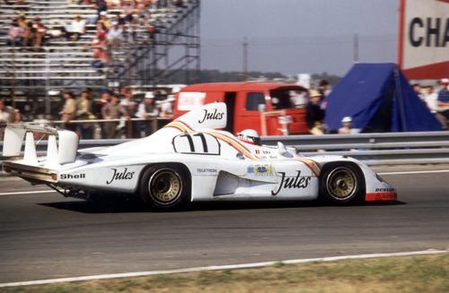 Porsche congratulates Derek Bell on his 80th birthday