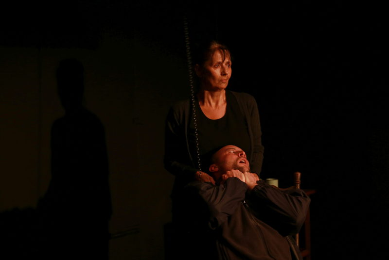 Margot Wood and Andrew Laubscher in The Edge of the Light. Image by Nardus Engelbrecht