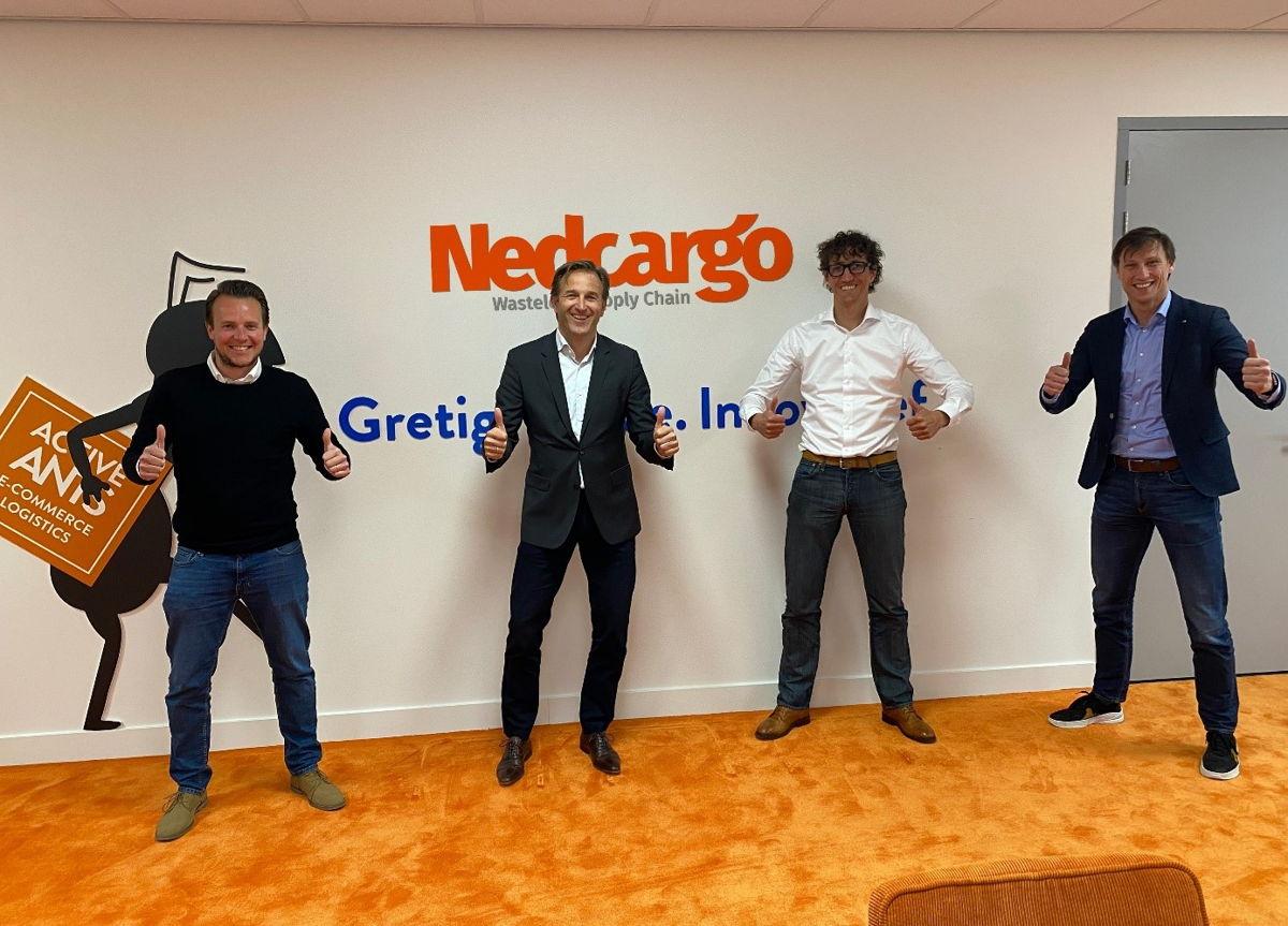 Vlnr Gert Hellemans (directeur Active Ants Belgie), Roderick de la Houssaye (CEO Nedcargo), Jeroen Dekker (oprichter Active Ants) Jurgen Mook (COO Nedcargo)