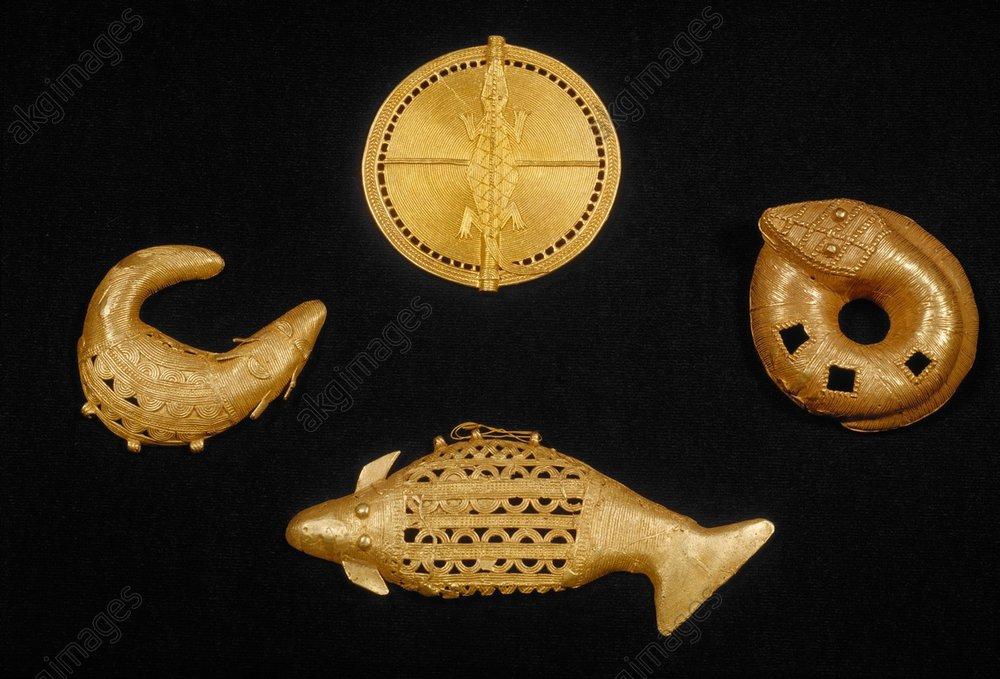 Pectoral with crocodile (8.6 cm); snake (8 cm), fish (15 cm), crocodile (7.5 cm).<br/>Gold, West African, Asante, Ghana<br/>Paris, Collection Maurice Nicaud.<br/><br/>AKG579942