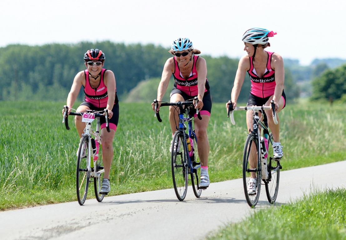 Lotgenoten aan de start van de Ronde van Vlaanderen Cyclo