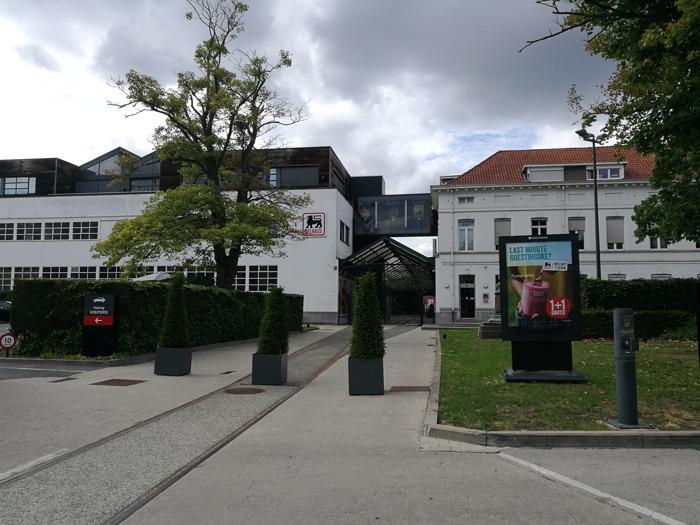 Communiqué de presse - Le conseil d'administration de citydev.brussels confirme l'acquisition du site Delhaize à Osseghem
