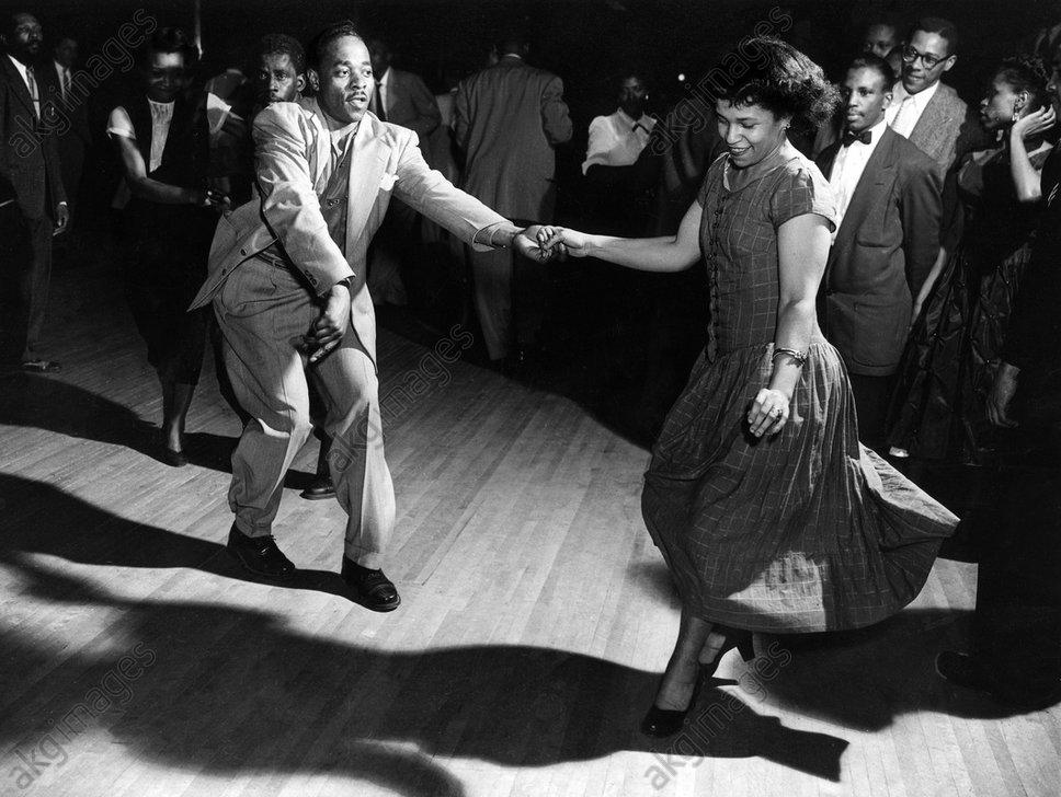 The Savoy Ballroom, Lennox Avenue/corner of 140th Street in Harlem. Couples dancing, photo, 1954.<br/>AKG3025534