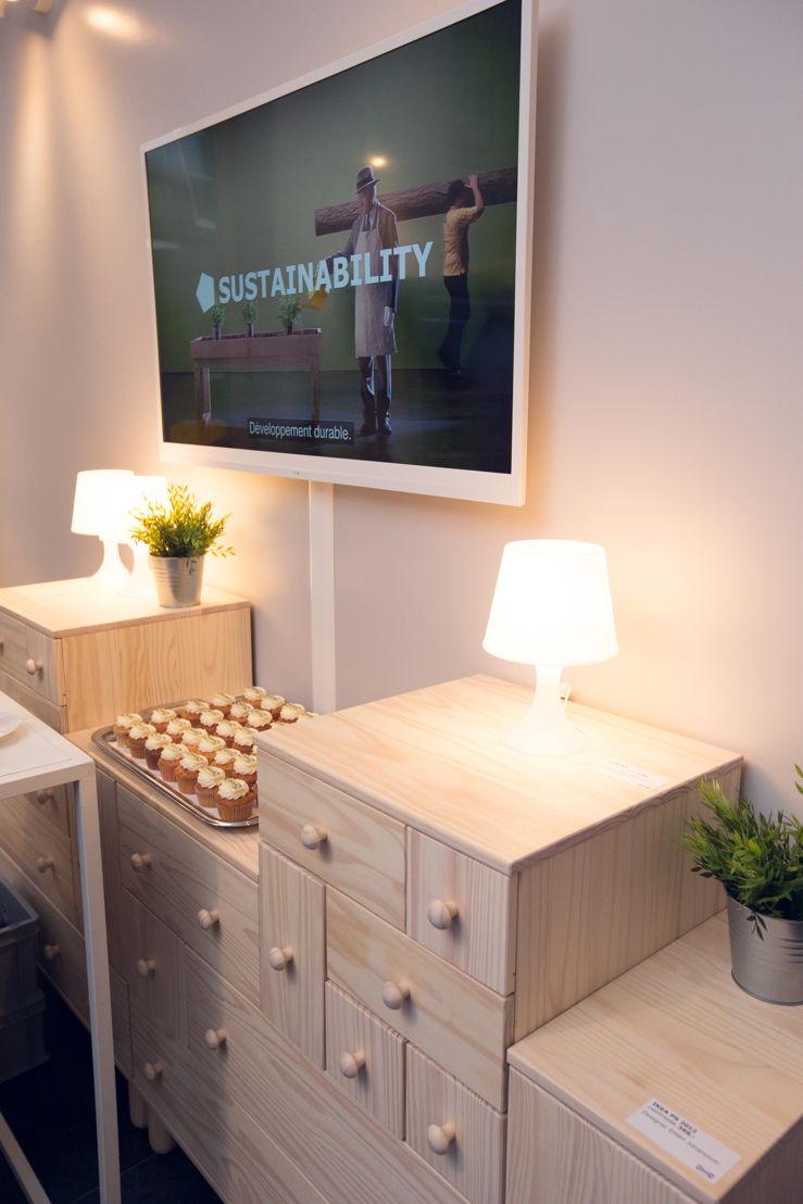 ikea ouvre trois pop ups temporaires dans le centre ville de mons. Black Bedroom Furniture Sets. Home Design Ideas