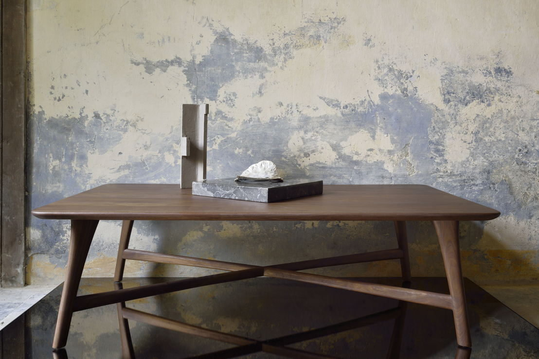 Ethnicraft Walnut Osso rectangular coffee table