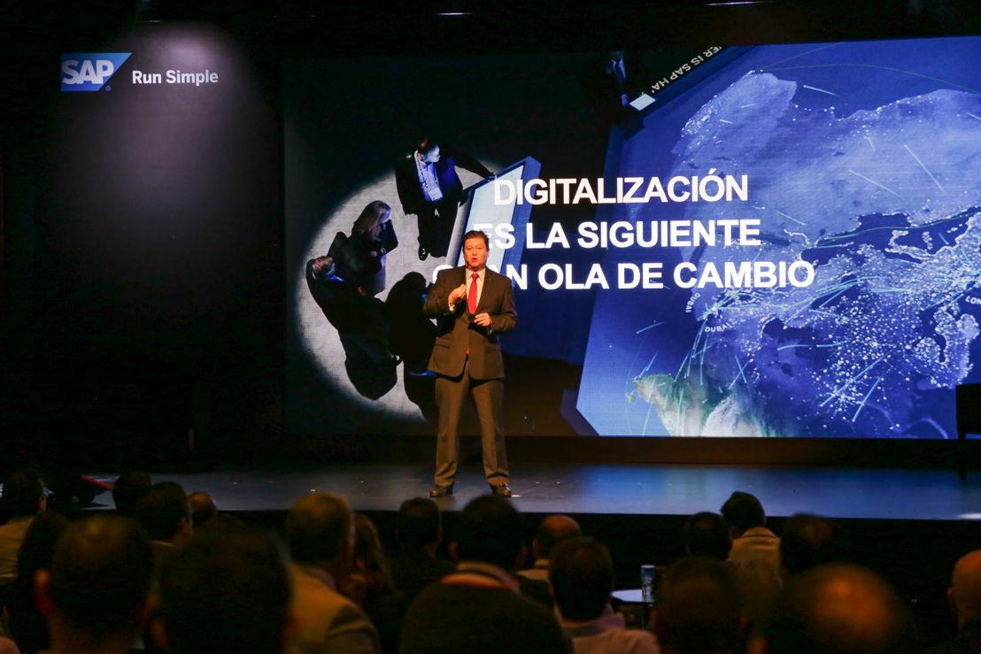 Rafa Sánchez, presidente de SAP México durante la presentación de Time to Tell