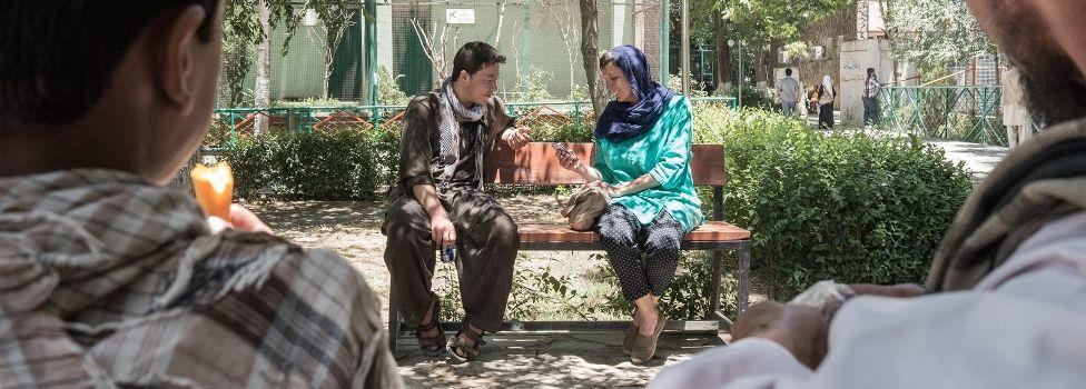 Phara en Nasir in Kaboel - (c) VRT