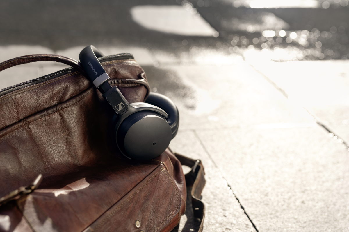 Listeners can tailor their HD 450SE experience using Sennheiser's Smart Control App