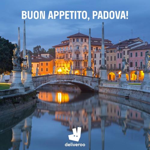 Deliveroo arriva a Padova: da oggi i piatti dei migliori ristoranti della città comodamente a casa o in ufficio.