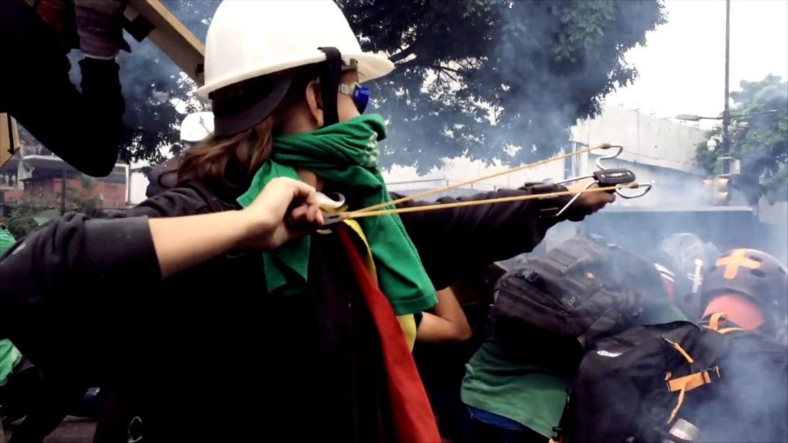 Puerta sin colores: protest in Venezuela - (c) Roel Nollet