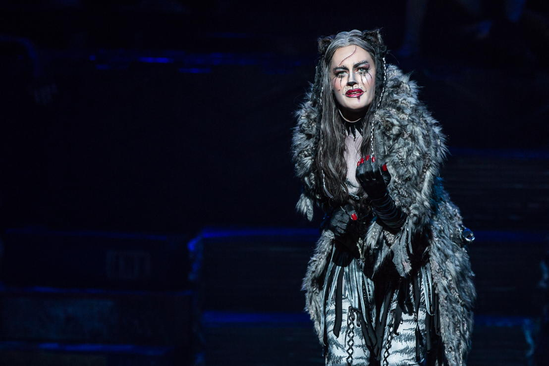 Mamie Parris as Grizabella in CATS (Photo by Matthew Murphy)