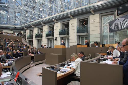 Drukke laatste plenaire vergaderingen in Vlaams Parlement