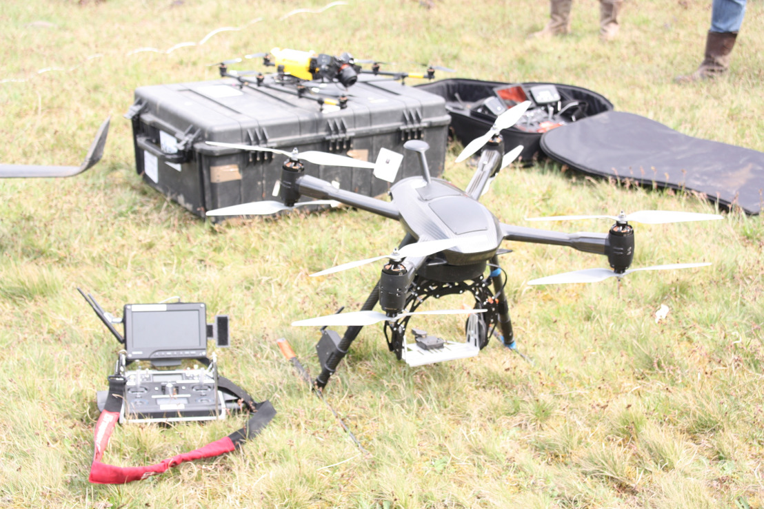 Un premier 'drone en laisse' pour surveiller le Grand Prix E3 Harelbeke