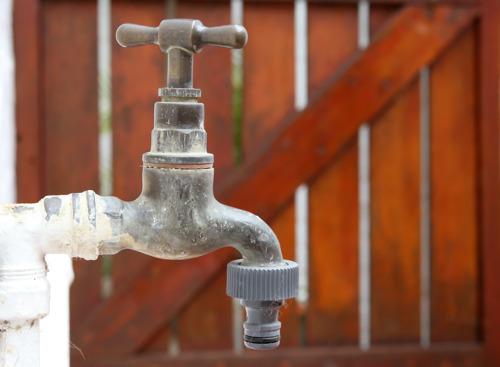 Verspilling leidingwater verboden vanaf 23 juli in 15 Vlaams-Brabantse gemeenten