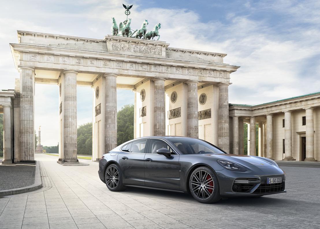 Porsche-voorzitter Oliver Blume stelt nieuwe GT-generatie voor