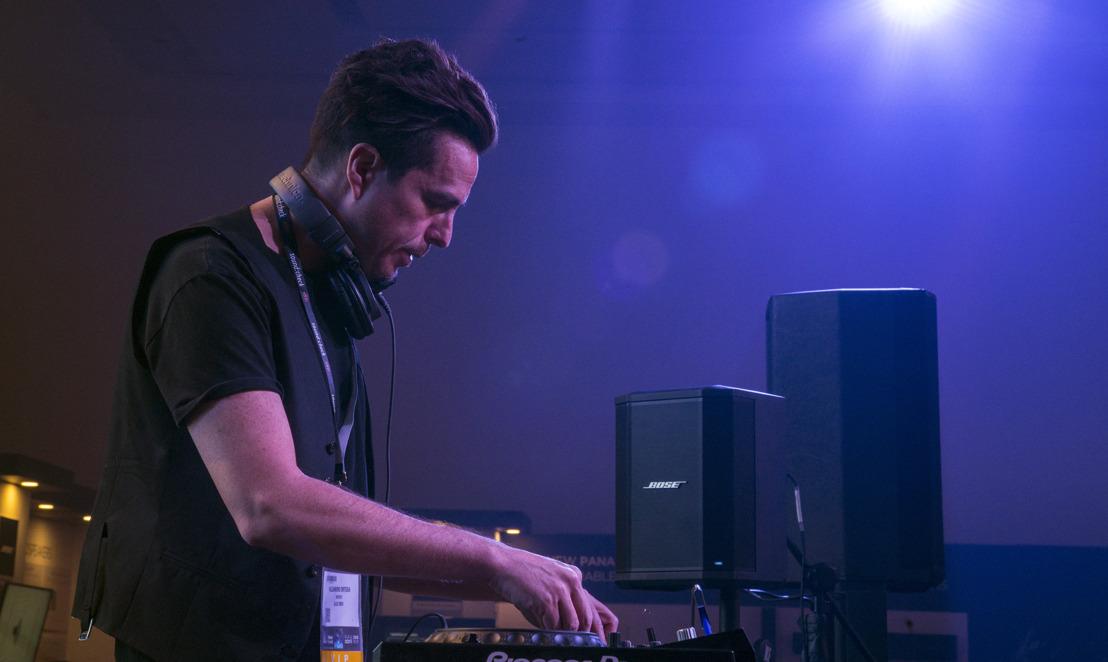 El DJ y productor Alex Midi encuentra su sonido ideal en los sistemas portátiles de Bose Profesional