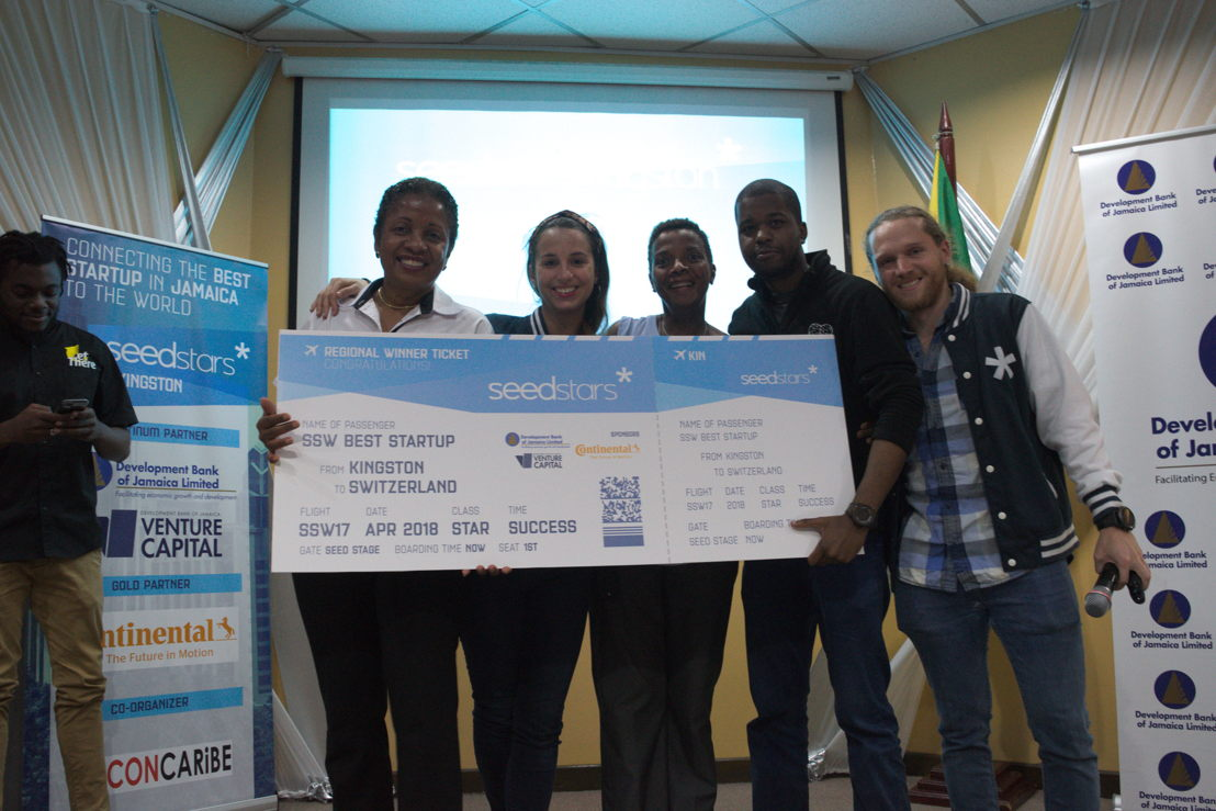 Team of DBJ & Seedstars with the winner - Samelogic