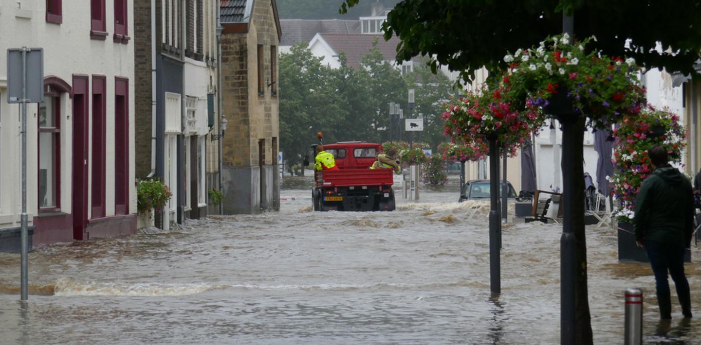 Delhaize maakt 1 miljoen euro vrij om de slachtoffers van het noodweer te steunen