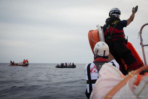 Italiaanse regering zet Panama onder druk om de reddingsmissies van de Aquarius op de dodelijkste zeeroute stop de zetten