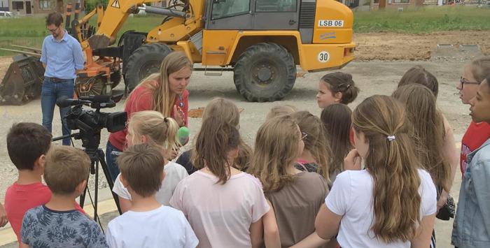 Erfgoedvereniging 'Keunsem Vrugger' organiseert erfgoedwandeling met 30 Tongerse leerlingen