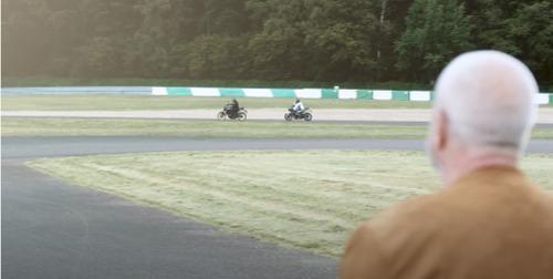Het AWSR en AIR hebben het beste voor met John en de motorrijders