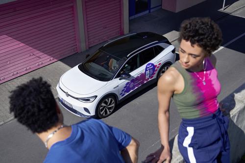 Volkswagen mantiene la movilidad de los aficionados del fútbol en la UEFA EURO 2020™
