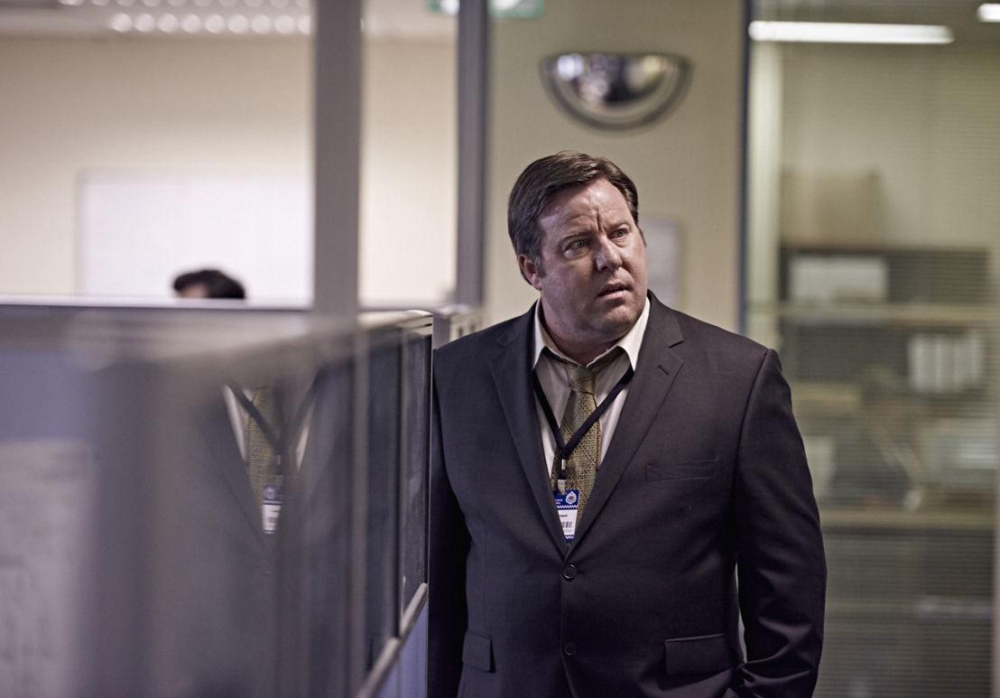 Barry Tregear (Shane Jacobson)