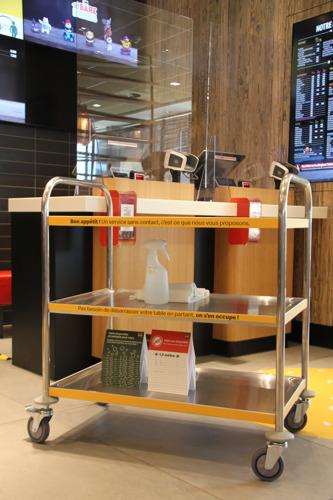 Aperçu des nouvelles mesures de sécurité dans le restaurant prototype de McDonald's