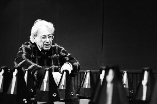 100 metronomen op Hoog Catharijne voor Ligeti's Poème Symphonique