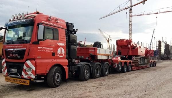 Preview: Hüffermann Krandienst expands its heavy haulage fleet by 4 new Nooteboom lowloader combinations