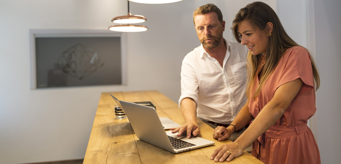 One in four SMEs makes use of son or daughter to manage webshop and social media