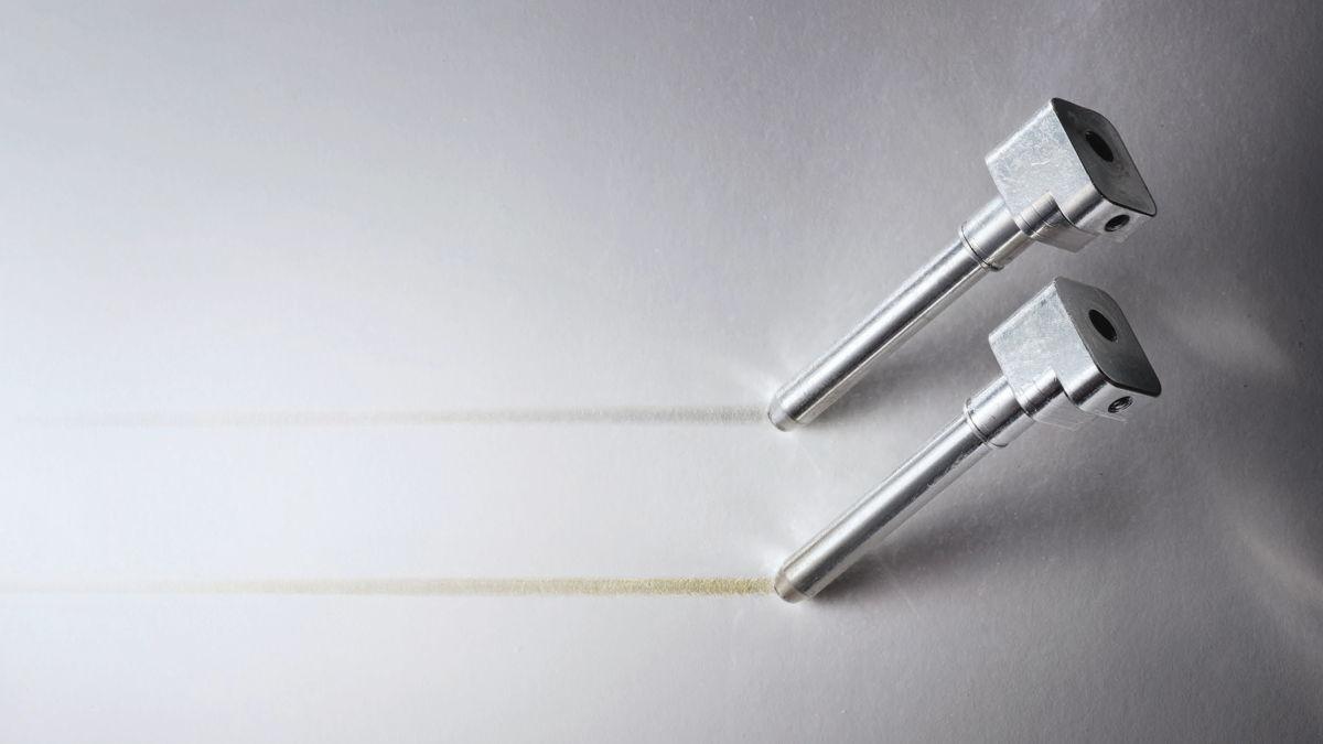 Las espigas dejan diferente rastro sobre papel blanco dependiendo de la aleación elegida.