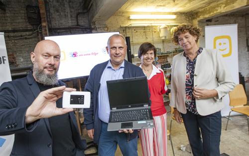 Telenet breidt project rond basisinternet voor kwetsbare gezinnen uit samen met Ondernemers voor een Warm België en Link in de Kabel